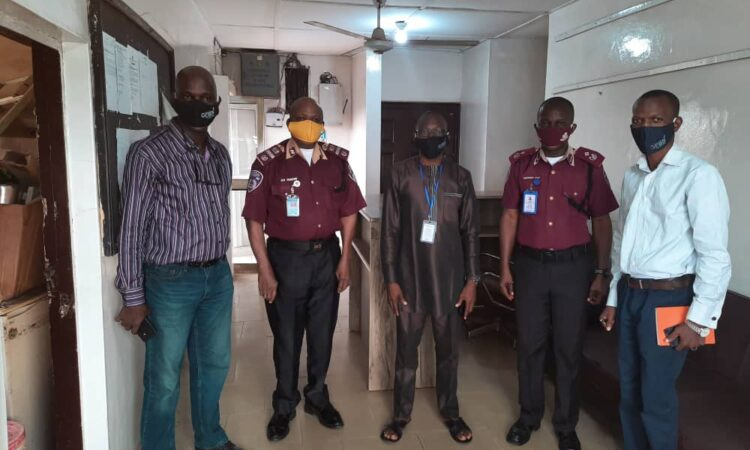 FRSC Commends Nigerian Bloggers For Donating Face Masks